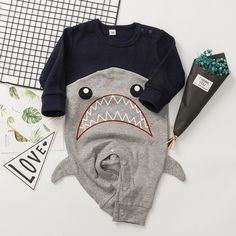 Big Grinningly Shark Babys Boys /& Girls Short Sleeve Bodysuit Outfits And Tee
