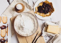 """epiphanai: """" Butter Fingers (by Carrie WishWishWish) """" Chocolate Butter, Chocolate Recipes, Lemonade, Camembert Cheese, Easy Meals, Yummy Food, Treats, Butter Fingers, Baking"""