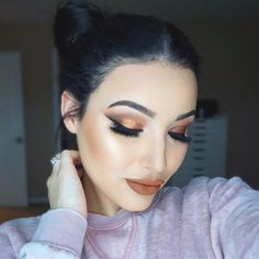 "Amanda Ensing on Instagram: ""•Copper Eyes, Brown lips, & Fun Buns• Makeup + Hair tutorial is now up! I used the new #makeupgeekxmannymua palette, #doseofcolors maple & sunrise pigment, @blinkingbeaute Samantha lash (Code Amanda for 10% off), #anastasiabeverlyhills dark brown brow powder, @makeupforeverofficial hd stick foundation, #makeupgeekcosmetics contour powders, Dior glowing nude highlight, @kyliecosmetics dolce k lip pencil, & @doseofcolors Cork lipstick #motd"""