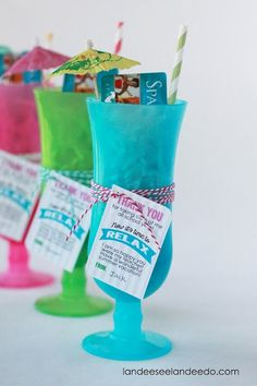 Teacher Gift Card Printables - Time to Relax. Tie this fun printable tag onto a brightly colored daiquiri glass and fit a gift certificate to a nearby salon or spa inside. Perfect for Teacher Appreciation or End-of-Year Gift. via @landeelu Check out our entire round-up of awesome teacher printables at whatmomslove.com.