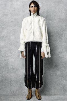 Défilé J.W.Anderson Pré-collections automne-hiver 2016-2017 12