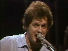 Harry Chapin - Cats in the Cradle - YouTube
