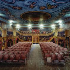 美国摄影师 David Leventi 「歌剧院」系列摄影2之2: 阿马戈萨歌剧院 Amargosa