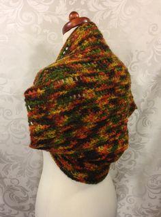 Beautiful shrug in bright autumn colors! 🍁🍂 http://www.ebay.de/usr/maschen-made http://maschenmade.dawanda.com http://etsy.com/de/shop/maschenmade  Follow me on Facebook:  http://www.facebook.com/maschenmade And Twitter