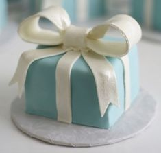 Tiffany Blue Wedding Theme | Weddings Romantique