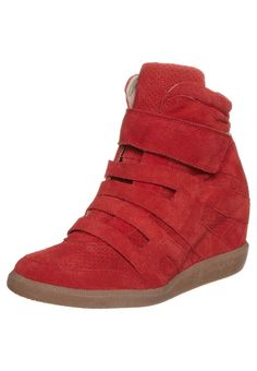 We love these bright red high-top wedge trainers by Zign, and so does @Wendy @thankfifi!