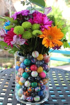Add a homemade and personal touch to your wedding with these DIY wedding centerpieces. There's a style of DIY wedding centerpiece for every wedding theme! Wedding Table Centerpieces, Flower Centerpieces, Flower Vases, Flower Arrangements, Table Decorations, Centerpiece Ideas, Colorful Centerpieces, Centrepieces, Wedding Decorations