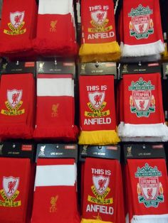 Manchester United - Liverpool FC Liverpool Fc, Manchester United, Traveling, The Unit, Viajes, Man United, Trips, Travel