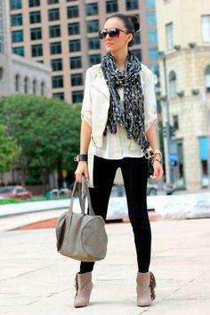 ¿Qué tipo de #Botas debes usar según tu #TipoDeCuerpo? Mira los tips aquí http://fashionbloggers.pe/pamela-saleme/que-botas-usar-segun-tu-tipo-de-cuerpo