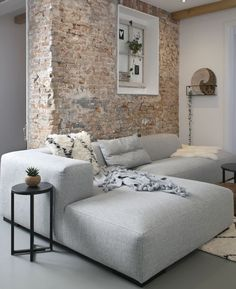 New Dimension For A Country Style Or Rustic Home Design. Home Living Room, Living Room Designs, Living Room Decor, Living Spaces, Rustic Home Design, Home Interior Design, Brick Feature Wall, Feature Walls, Brick Interior