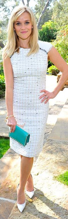 Who made  Reese Witherspoon's gray dress, blue studded handbag, and gold jewelry?