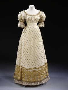 1820 British Ball Gown. (Image via Victoria and Albert Museum)
