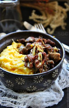 Simple and easy recipe for Sauteed Chicken Gizzards over creamy Polenta. Oil pk Gizzards -you may use with hearts or w& cup Shredded Carrot 1 medium onion, sliced Delicious Dinner Recipes, Yummy Food, Tasty, Yummy Recipes, How To Cook Kale, How To Cook Chicken, Chicken Heart And Gizzard Recipe, Easy Cooking, Cooking Recipes
