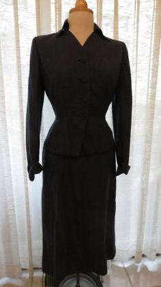 Fave true #vintage #women's #skirt-suit from the late #1940's.  All the classic design features of that time.  Love them!  Hour-glass shapes send me. . .. . . ..  Morgana Martin, the Magicvintagespy Blog:  Magicvintagespy.com Book:  How to Find the Best in Vintage Fashion available on Amazon.com