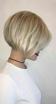 Charming Short Hairstyles with Bangs Specially for You ★ See more: lovehairsty., Frisuren,, Charming Short Hairstyles with Bangs Specially for You ★ See more: lovehairsty. Bob Haircut For Fine Hair, Short Hair With Bangs, Short Hair Cuts For Women, Hair Styles For Short Hair Bob, Bobs For Fine Hair, Blonde Bob With Fringe, Hair Bangs, Short Blonde Bobs, Short Bob With Fringe