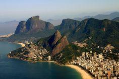 Morro dois irmãos e pedra da Gávea - Rio de Janeiro