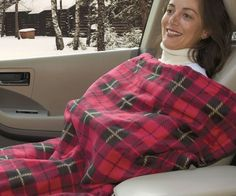 Never travel in the cold again with this perfect electric heated travel blanket. Thanks to the 12-Volt plug you can plug it into any car. The warmup ...