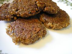 Vegan Breakfast Sausage Patties - also makes Italian meatballs with Italian seasoning, or burgers with hickory smoke and steak seasoning. Cut salt and soy sauce from any version Vegan Foods, Vegan Dishes, Vegan Vegetarian, Vegetarian Recipes, Veggie Recipes, Whole Food Recipes, Cooking Recipes, Seitan Recipes, Vegan Breakfast Recipes