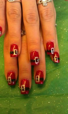 My Beautifil Xmas nails ...by Janelle !!