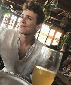 Aron Piper - Fushion News Alex Gonzalez Actor, Kim Jisoo Actor, Beautiful Boys, Pretty Boys, Elite Squad, Backstreet Boys, Film Serie, Man Crush, Hot Boys