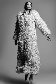 Sculptural Fashion - long textured coat; creative knitwear design // Nanna van Blaaderen