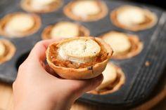 tartelettes aux oignons caramélisés et au chèvre - caramelized onion and goat cheese tartlets (1 of 1)-3