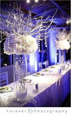 winter wonderland head table decor; frosty, delicate and gorgeous