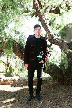 """Kevin McHale Talks Glee & Grief  #refinery29  http://www.refinery29.com/2013/11/57287/kevin-mchale-house#slide-14  You've all been through so much recently, with Cory Monteith passing away. What has it been like on set?  """"It's definitely a very unique situation, and, obviously, it was a horrible thing to have happen. It was something that felt very personal to all of us, but it was also a very public thing. And, the set has felt like a safe place, which has been really fortunate. It's…"""