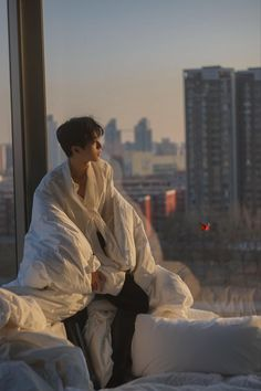Korean Boys Ulzzang, Pop Singers, Big Love, Drama Movies, Actor Model, Friendship Quotes, Boyfriend Material, Korean Fashion, Crushes