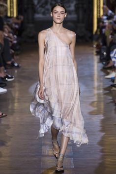 stella_mccartney_pasarela_274323004_683x