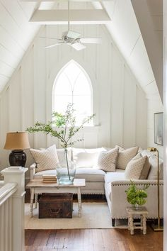 Home Decor For Small Spaces Monteagle Cottage Rachel Halvorson Designs.Home Decor For Small Spaces Monteagle Cottage Rachel Halvorson Designs Küchen Design, House Design, Interior Design, Design Ideas, Gothic Living Rooms, Modern Living, Cottage Living Rooms, Minimalist Living, Apartment Living