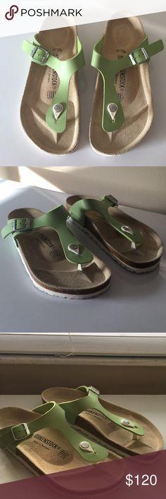 0eb75297ea1ed4 Birkenstock Womens Gizeh RARE Green Sandal Size 40 NEVER Worn. Rare Green  Color with white