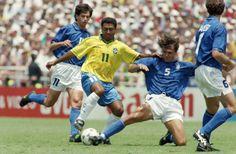 GUAPIMIRIM REAGE BRASIL.: Romário dispara contra Copa e chama Blatter de 'f....