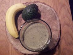 Spinach/banana/avocado smoothie