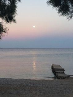 Beach House Antiparos (Αντίπαρος, Κυκλάδες) - Κριτικές Trip Advisor, Beach House, Restaurant, Peace, Paintings, Celestial, Sunset, Travel, Outdoor