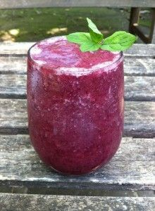 BLUEBERRY AND GRAPE - smoothie