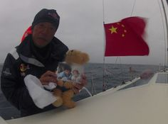 nice Pic of @ChuanGuo with his sons rounding Cape Horn