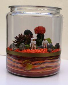 Custom Sand Art 2 Gallon Jar for plants or von DesktopGardens, via Etsy.
