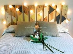 Headboard March, of pallets recycled. Headboard March, of pallets recycled. Headboard made of pallets recycled. Dimensions: Width: 160 cm H. Decor, Headboard Designs, Bedroom Decor, Bedroom Diy, Diy Home Decor, Home Decor, Home Deco, Deco, Headboards For Beds