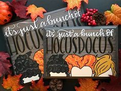 It's Just a Bunch of Hocus Pocus Wood Sign - Inspired by the Sanderson Sisters - Halloween Decor, Home Decor - Wooden Signs Holidays Halloween, Halloween Treats, Halloween Diy, Happy Halloween, Halloween Stuff, Wooden Halloween Crafts, Hocus Pocus Halloween Decor, Halloween Cubicle, Halloween Chalkboard