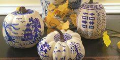 Everyone Is Turning Their Pumpkins Into Chinoiserie Pieces of Art - Kürbisse schnitzen - Pumpkin Images, Pumpkin Art, Pumpkin Carving, Pumpkin Ideas, Holidays Halloween, Halloween Decorations, Halloween Party, Halloween Pumpkins, Halloween Ideas