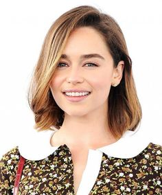 6 Spring Beauty Trends to Master Now: #2. Minimalist Like Emilia Clarke, Star of Game of Thrones