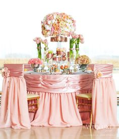 Beautiful pink and peach wedding tablescape Keywords: #weddings #jevelweddingplanning Follow Us: www.jevelweddingplanning.com  www.facebook.com/jevelweddingplanning/