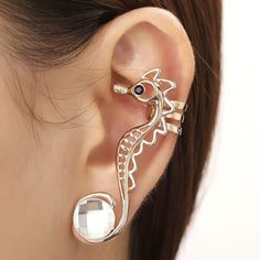 An ear cuff that accentuates the inside of your ear? Description from pinterest.com. I searched for this on bing.com/images