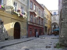 Ukraine-Lviv-Streets-26.jpg (1280×960)