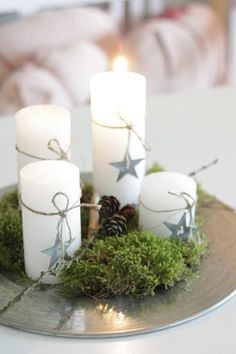 Make Advent wreath and enjoy the most beautiful family celebration- Adventskranz basteln und das schönste Familienfest genießen With wool balls and a flat fir bunch - Noel Christmas, Christmas Candles, Simple Christmas, All Things Christmas, Winter Christmas, Christmas Crafts, Beautiful Christmas, Christmas Ornaments, Deco Table Noel