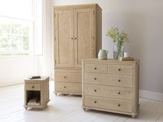 Meet the family - Amity bedside table, Élodie chest of drawers and Amory wardrobe Painted Bedroom Furniture, Furniture Decor, Bedroom Decor, Wooden Furniture, Oak Dresser, Dresser As Nightstand, Bedside, Oak Wardrobe, Woodworking Inspiration