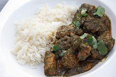 Curry d'épaule d'agneau | Chez Becky et Liz, blog de cuisine anglaise Grains, Rice, Beef, Food, Savoury Dishes, Small Kitchens, Lamb Curry, English Cuisine, World Cuisine
