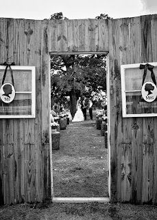 Barn Wedding Blessed Oak Farm Oklahoma Venue