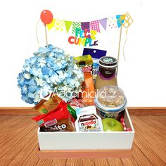 Great Gifts For Mom, Love Gifts, Diy Birthday, Birthday Gifts, Breakfast Basket, Mather Day, New Project Ideas, Wooden Gift Boxes, Ideas Para Fiestas